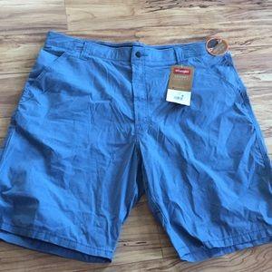 Wrangler men's cargo shorts size 40 blue